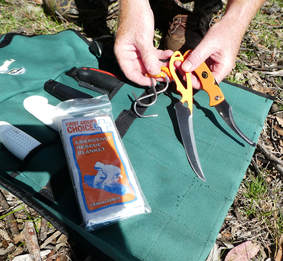 tools for field dressing